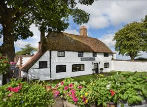 Botley Hill Farmhouse was once a cottage garden tea room.