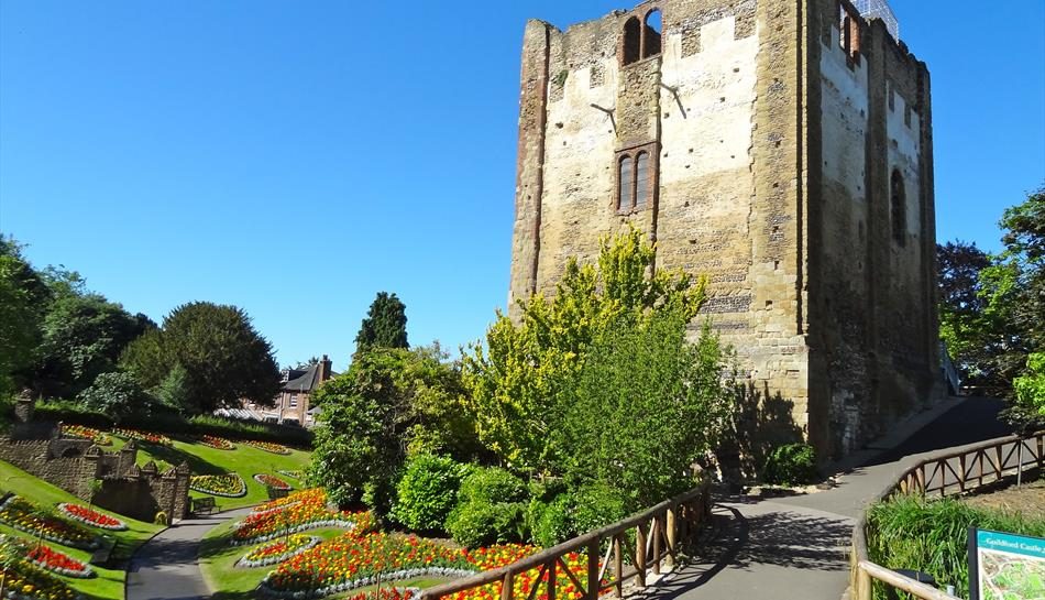 Guildford Castle grounds