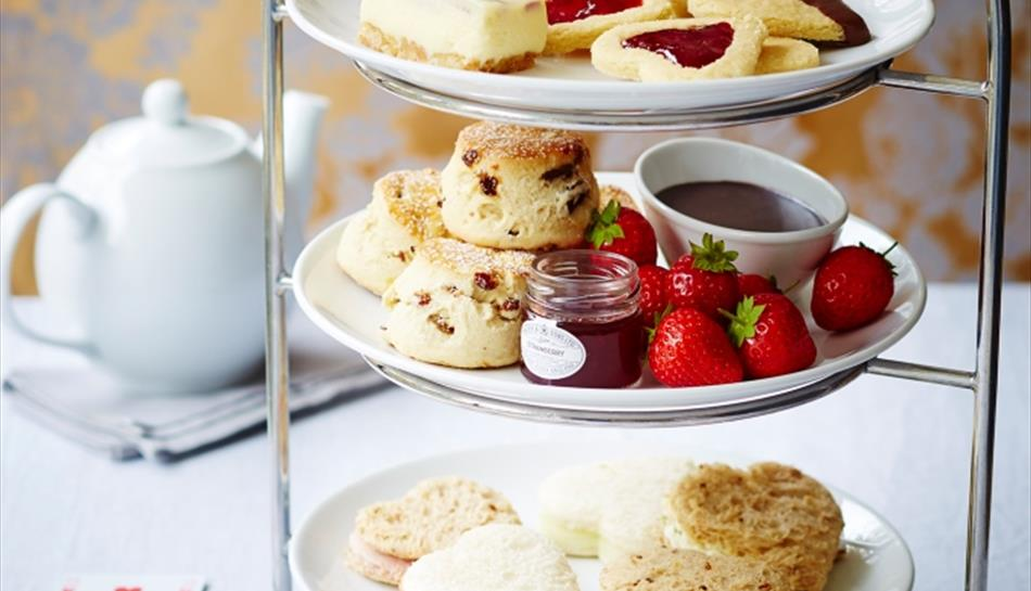 Queen of Hearts Afternoon Tea at Radisson Blu Edwardian