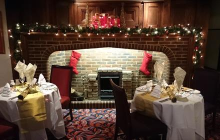 Christmas Party Nights at Thatchers Hotel