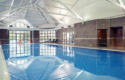 Swimming pool Macdonald Frimley Hall Hotel & Spa