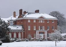 Hatchlands Park in the snow